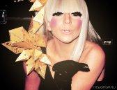 Голосуем за Леди Гага на Love